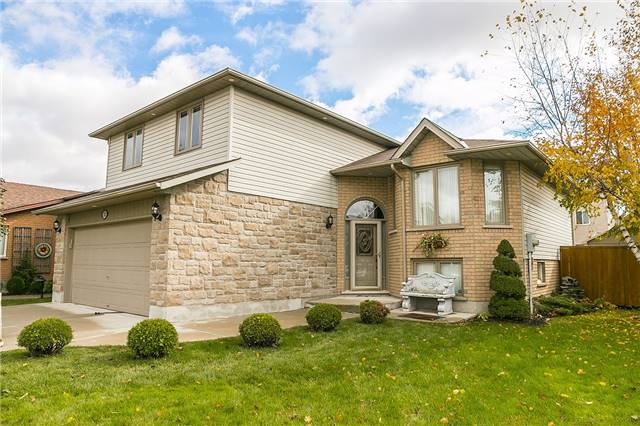 House for sale at 121 Glenhollow Drive Hamilton Ontario - MLS: X4292182