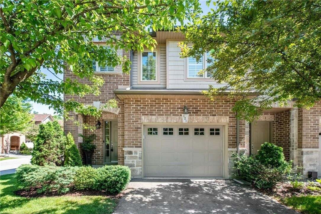 Townhouse for sale at 121 Myers Ln Ancaster Ontario - MLS: H4081652