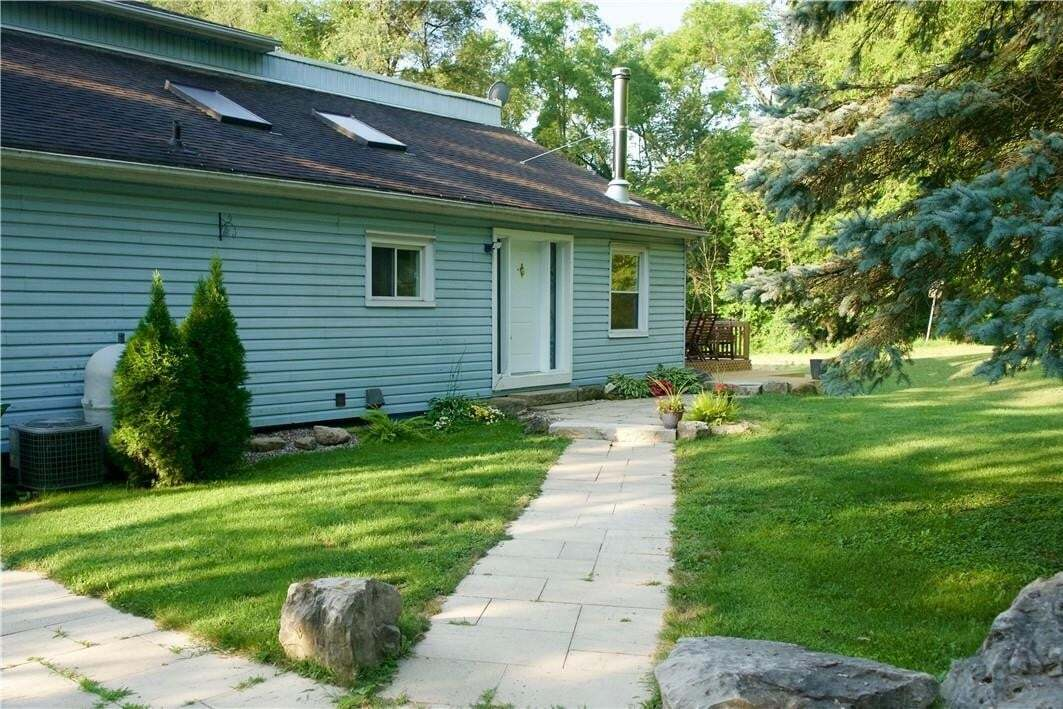 House for sale at 121 Patterson Rd Dundas Ontario - MLS: H4079278