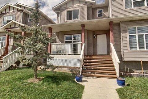 Townhouse for sale at 121 Sandford Pl North Langdon Alberta - MLS: C4297183