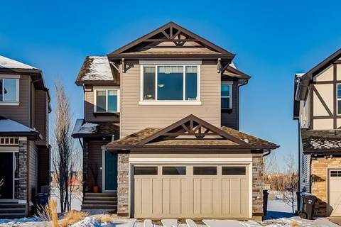 House for sale at 121 Valleyview Ct Southeast Calgary Alberta - MLS: C4287346