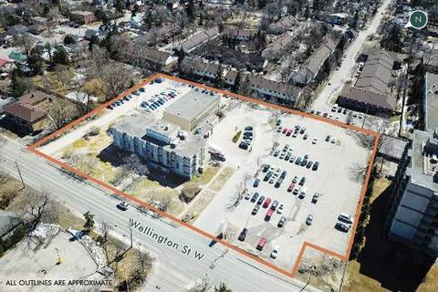 Commercial property for sale at 121 Wellington St Barrie Ontario - MLS: S4702692