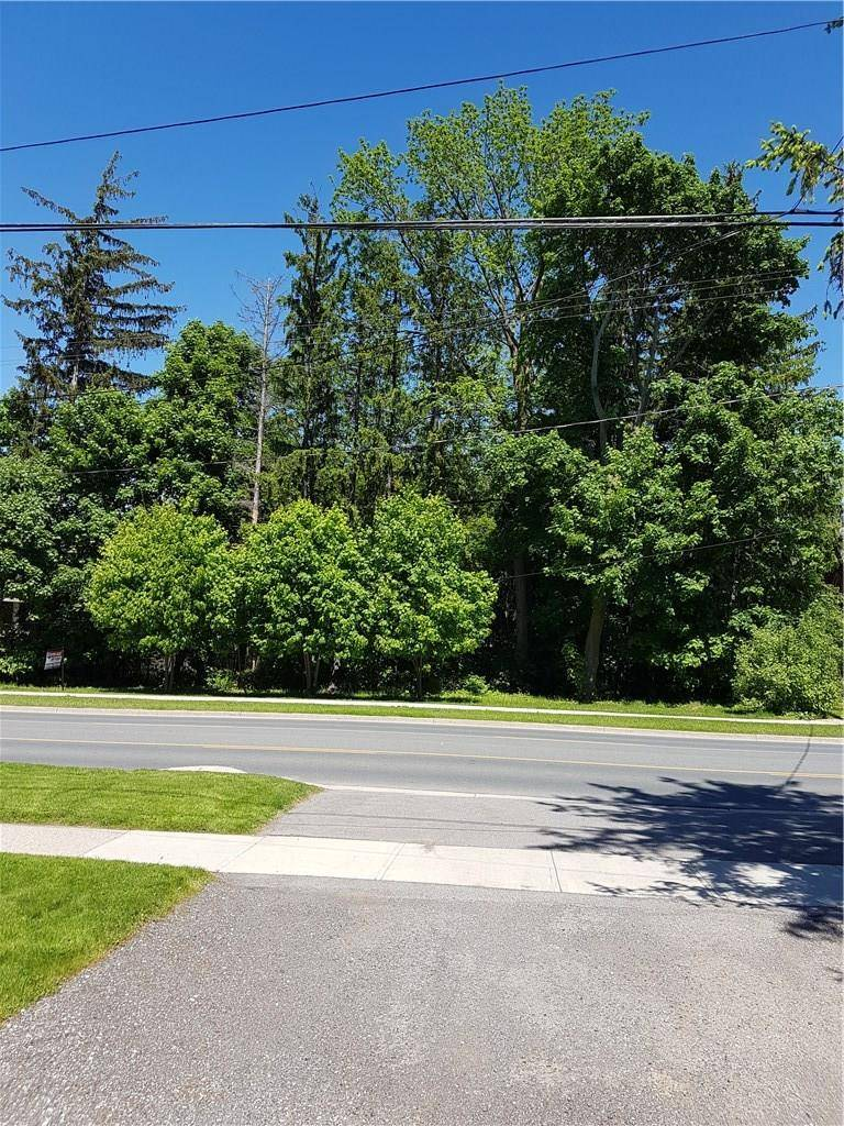 Residential property for sale at 121 Wilson St W Ancaster Ontario - MLS: H4054687