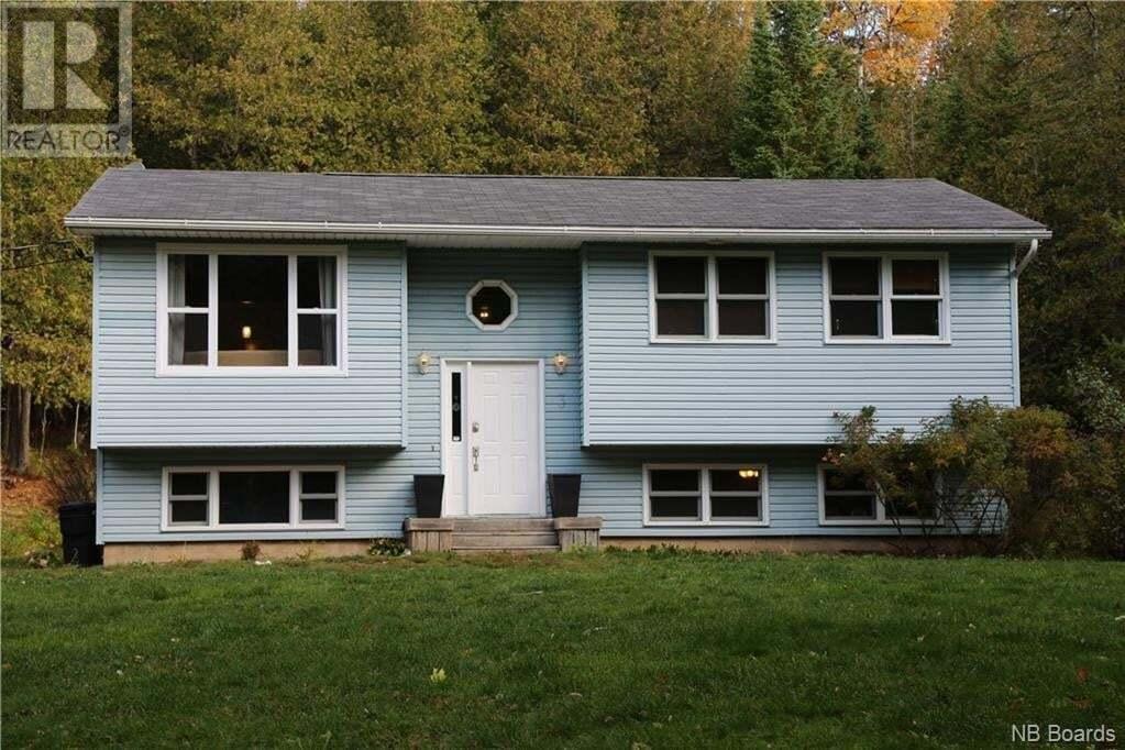 House for sale at 121 Woodbine Ln Upper Kingsclear New Brunswick - MLS: NB050694
