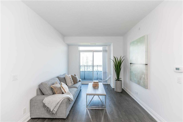 For Sale: 1210 - 7890 Bathurst Street, Vaughan, ON   2 Bed, 2 Bath Condo for $585,400. See 19 photos!