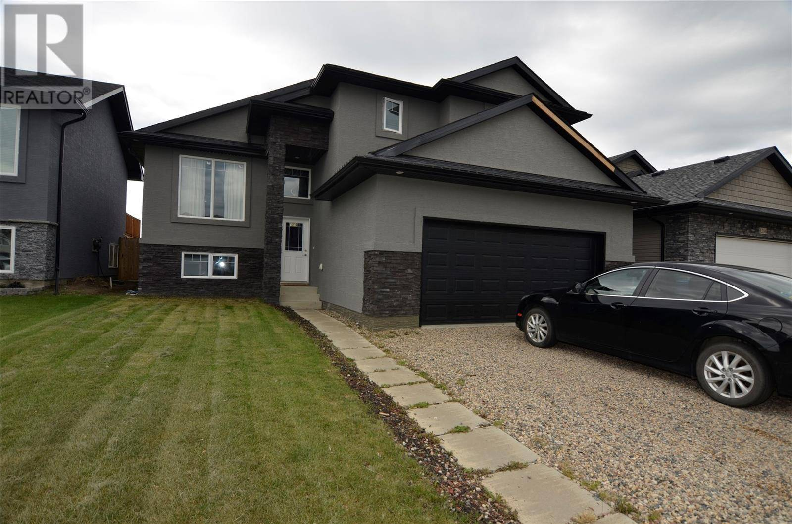House for sale at 1210 Hargreaves Wy Saskatoon Saskatchewan - MLS: SK783251