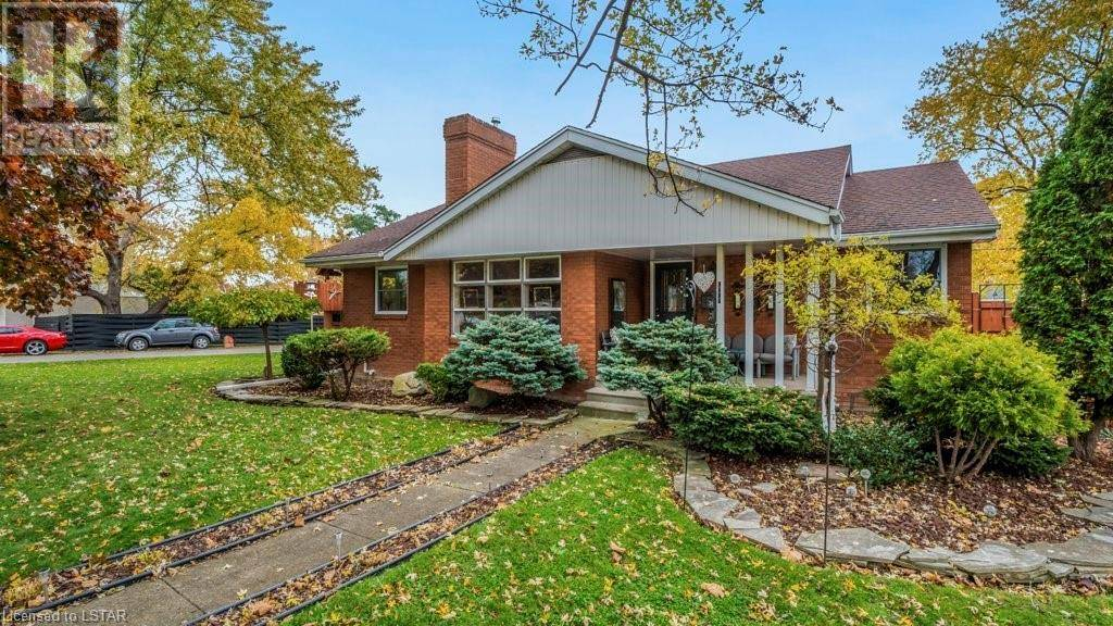 House for sale at 1210 Virginia Ave Windsor Ontario - MLS: 231445