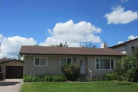 House for sale at 1211 13th St Humboldt Saskatchewan - MLS: SK815434
