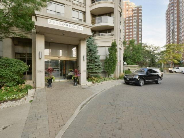 Sold: 1211 - 310 Burnhamthorpe Road, Mississauga, ON