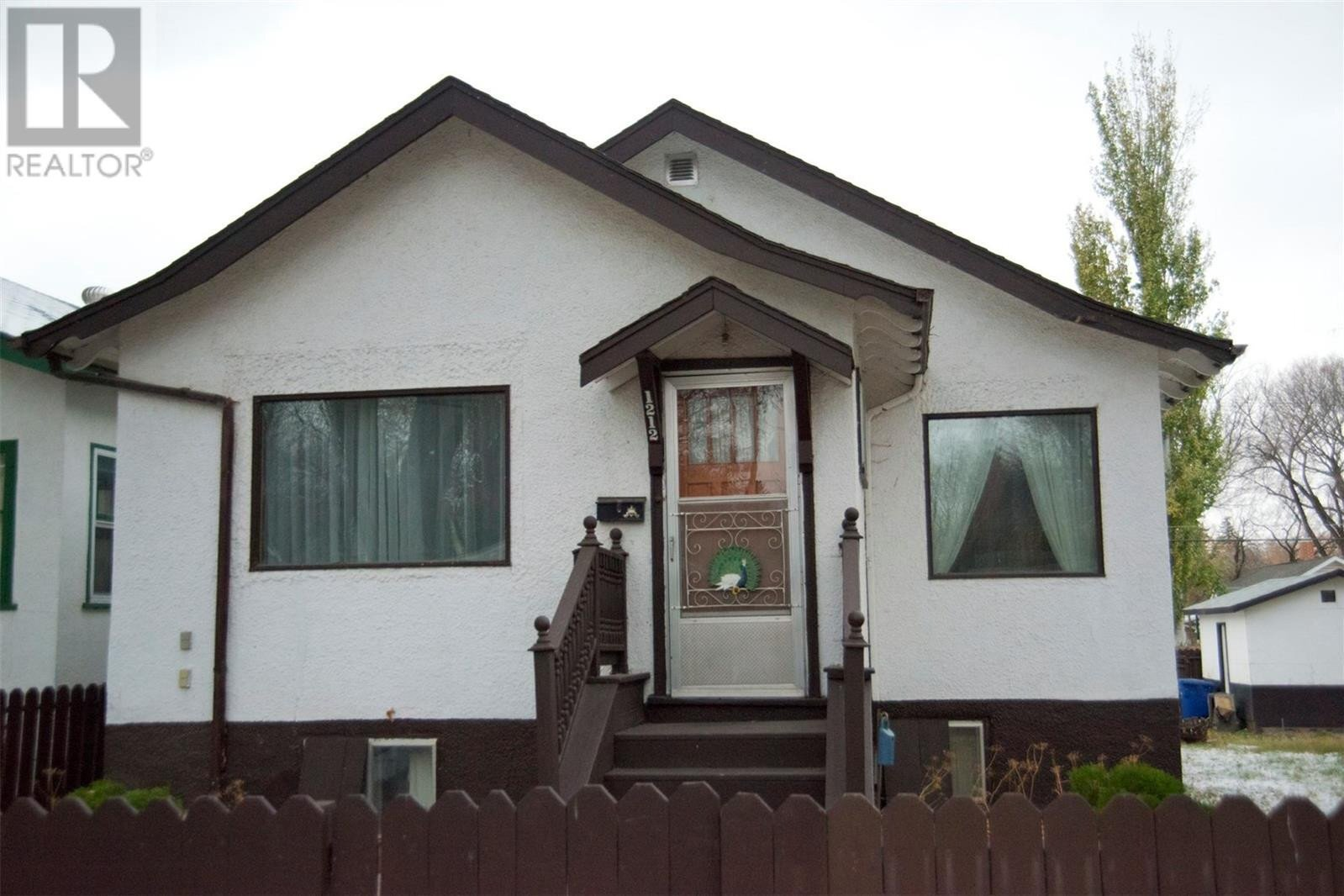 House for sale at 1212 Lorne Ave Saskatoon Saskatchewan - MLS: SK831294