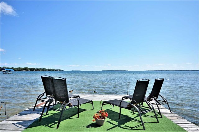 For Sale: 1213 Maple Road, Innisfil, ON   3 Bed, 3 Bath House for $1,198,000. See 20 photos!