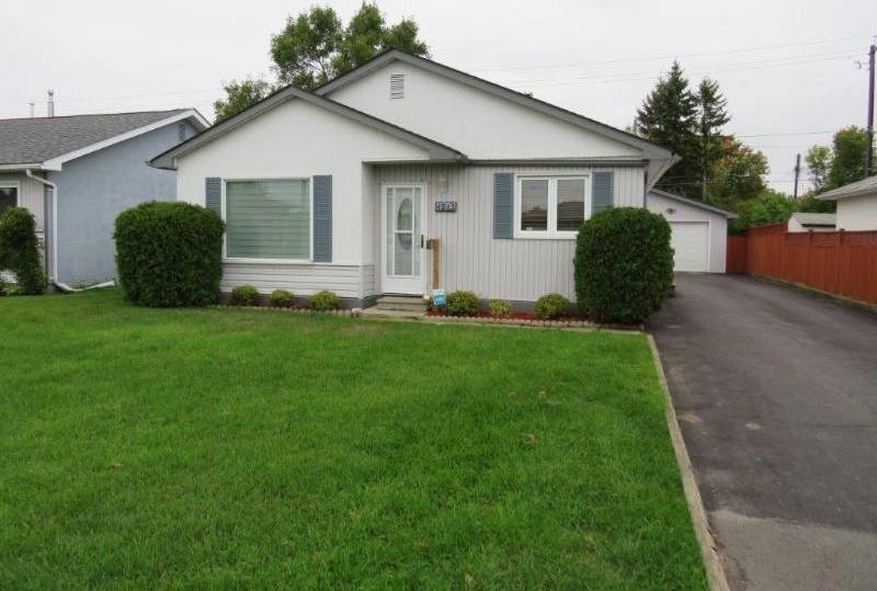 House for sale at 1213 Mary St W Thunder Bay Ontario - MLS: TB193045