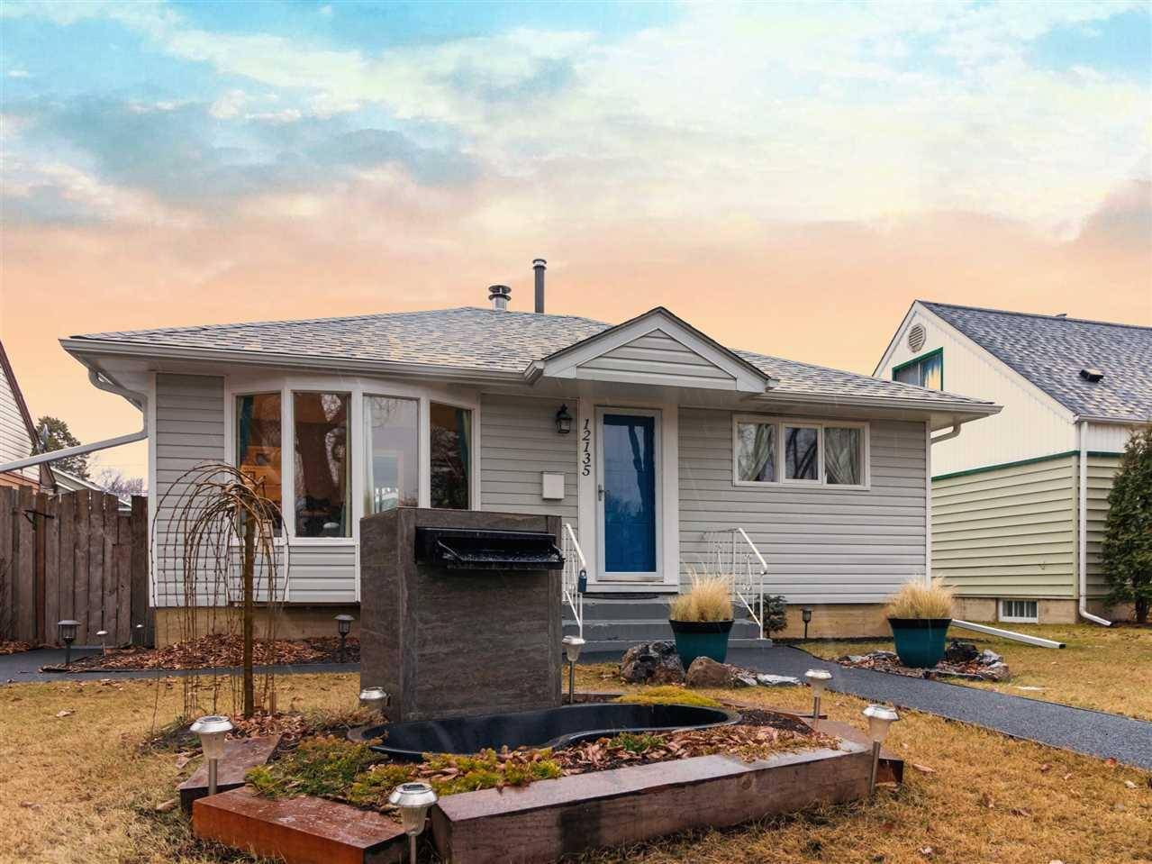 House for sale at 12135 60 St Nw Edmonton Alberta - MLS: E4180618