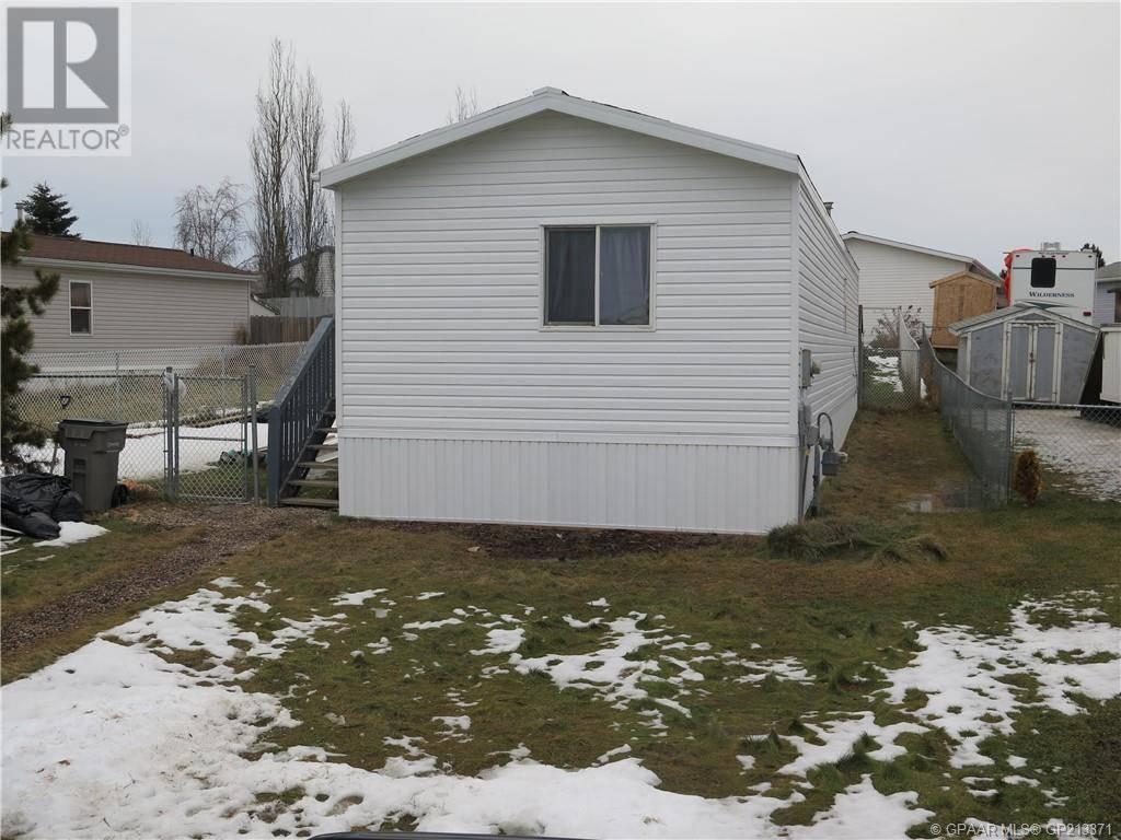 House for sale at 12135 98 St Grande Prairie Alberta - MLS: GP213371