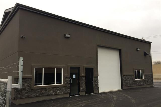 Commercial property for lease at 12144 66 St NW Edmonton Alberta - MLS: E4220380