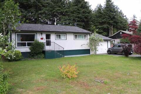 Home for sale at 1215 6th Ave Hope British Columbia - MLS: R2465752