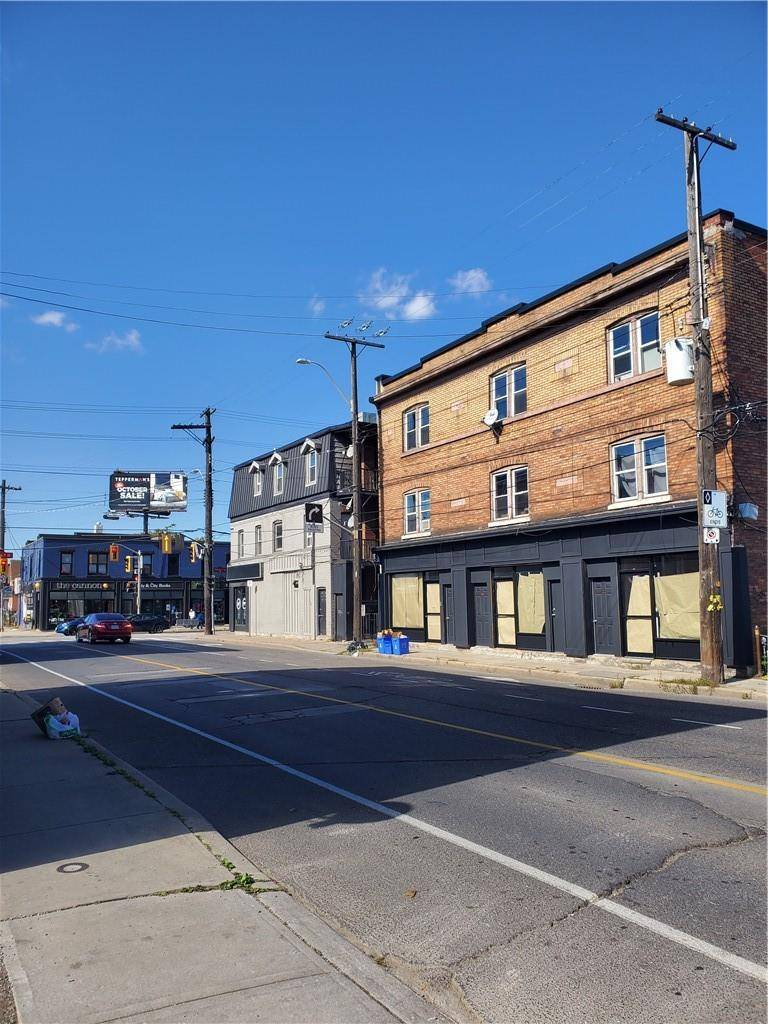Commercial property for lease at 1215 Cannon St E Apartment 1213 Hamilton Ontario - MLS: H4065627
