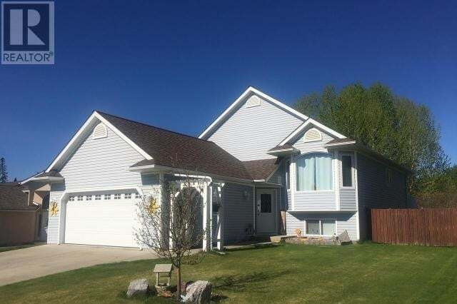House for sale at 1216 61 St Edson Alberta - MLS: 52546