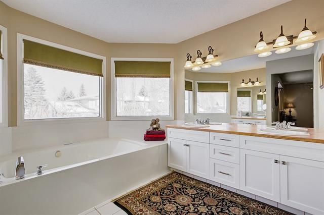 For Sale: 1216 Sun Harbour Green Southeast, Calgary, AB   4 Bed, 3 Bath House for $549,000. See 29 photos!