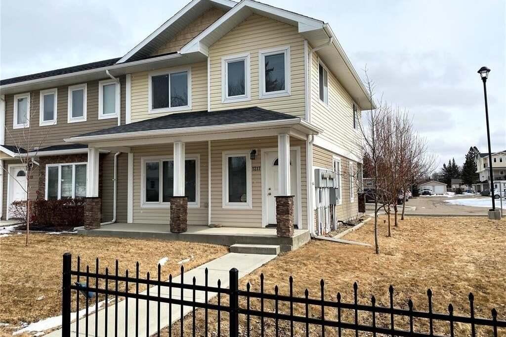 Townhouse for sale at 1217 Grey St Regina Saskatchewan - MLS: SK808306