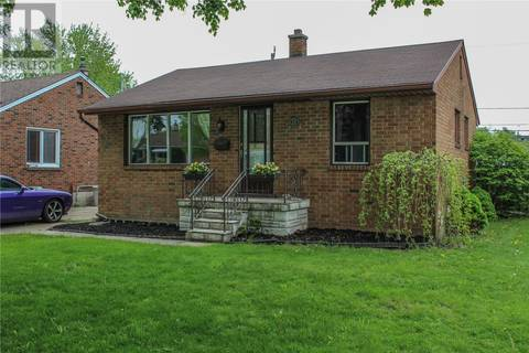 House for sale at 1217 Harrison  Windsor Ontario - MLS: 19018401