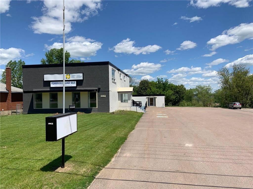 Commercial property for lease at 1217 Pembroke St Pembroke Ontario - MLS: 1150017