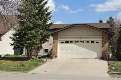 House for sale at 1219 Radway St N Regina Saskatchewan - MLS: SK772201