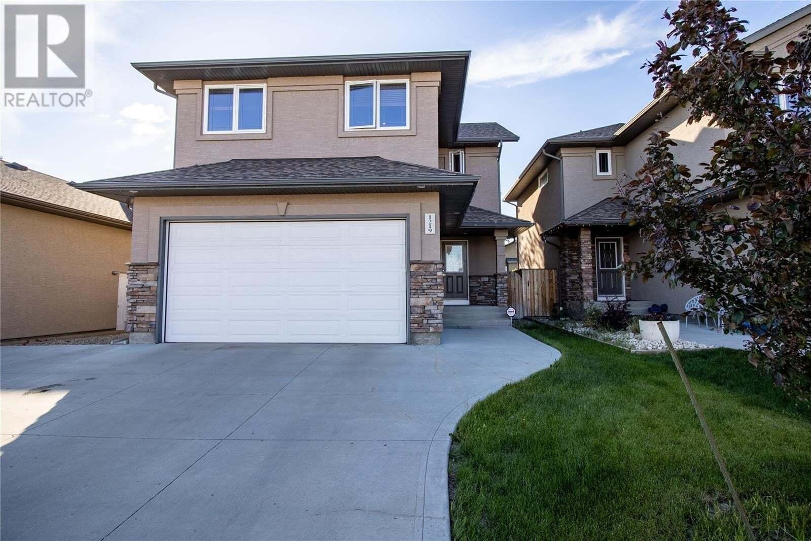 House for sale at 1219 Rempel Cres Saskatoon Saskatchewan - MLS: SK813309