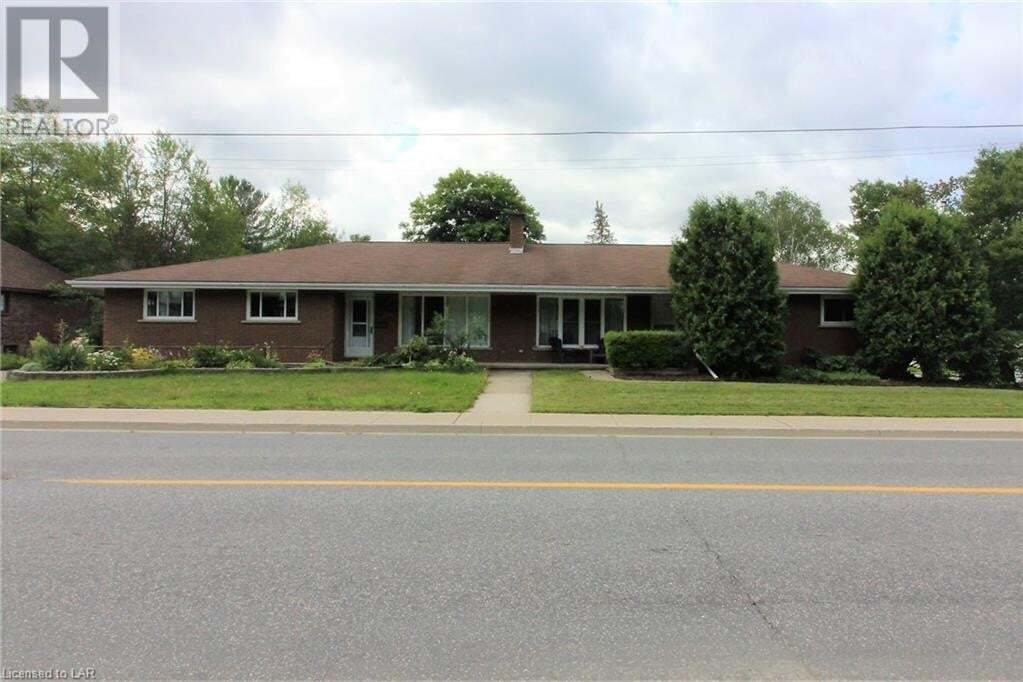 Home for sale at 121 Gibson St Parry Sound Ontario - MLS: 277161