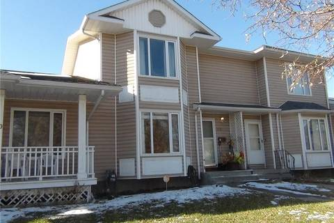Townhouse for sale at 122 14 St N Lethbridge Alberta - MLS: LD0182909