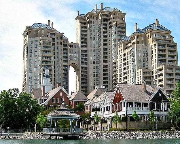 Grand Harbour Townhomes Condos: 2289 Lake Shore Boulevard West, Toronto, ON