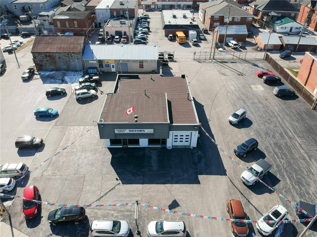 Commercial property for sale at 122 Broad St E Dunnville Ontario - MLS: H4073438
