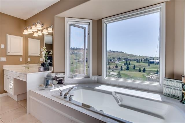 For Sale: 122 Gleneagles Close, Cochrane, AB | 4 Bed, 3 Bath House for $789,900. See 50 photos!