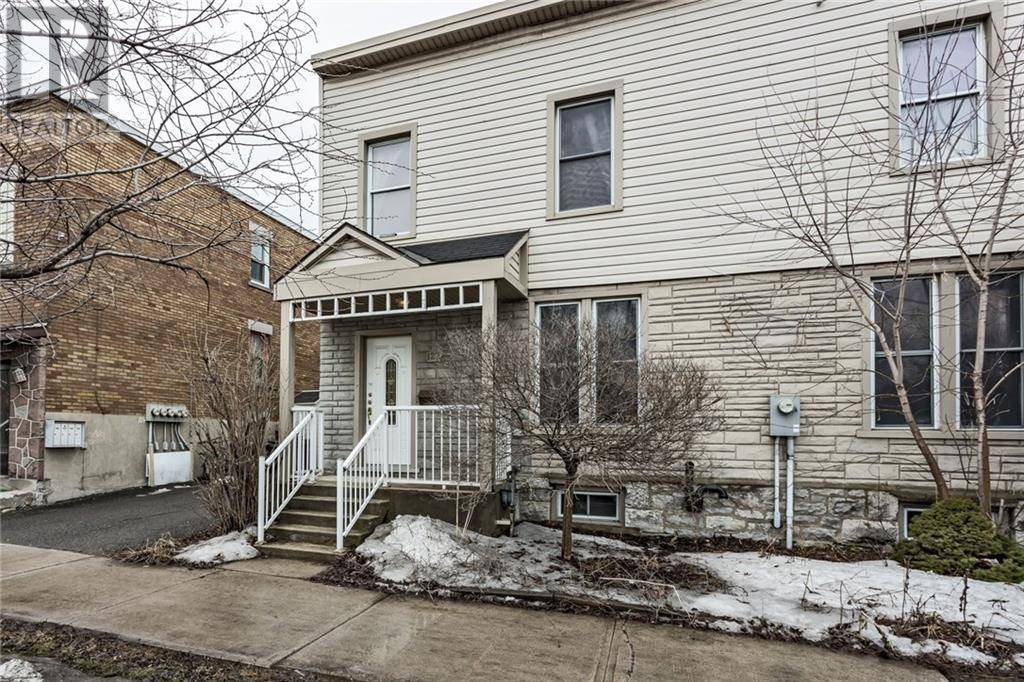 Townhouse for sale at 122 King Edward Ave Ottawa Ontario - MLS: 1187545