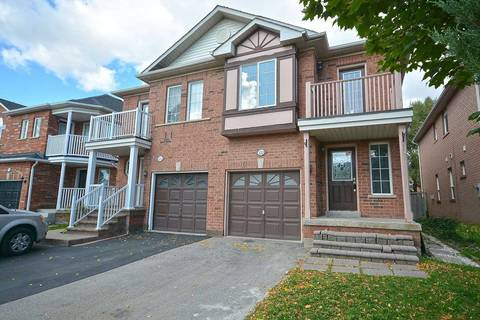 Townhouse for sale at 122 Lake Louise Dr Brampton Ontario - MLS: W4619415
