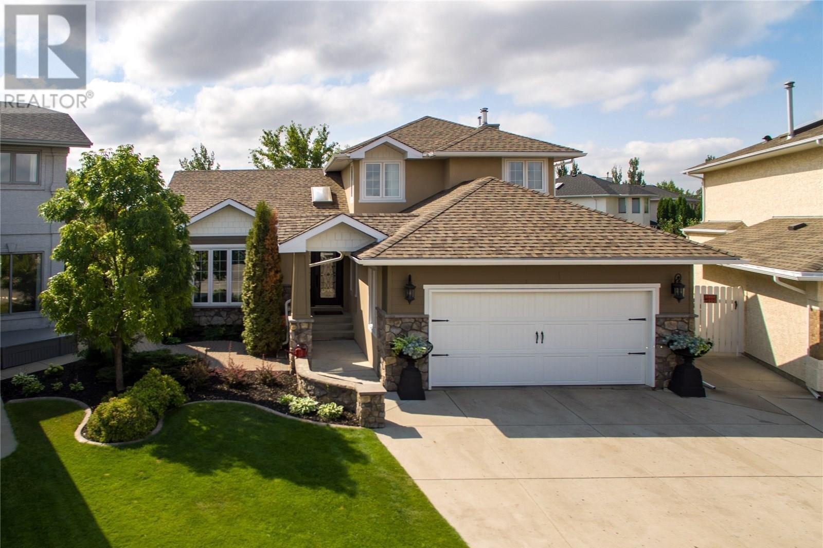House for sale at 122 Mcfarland Pl Saskatoon Saskatchewan - MLS: SK839349