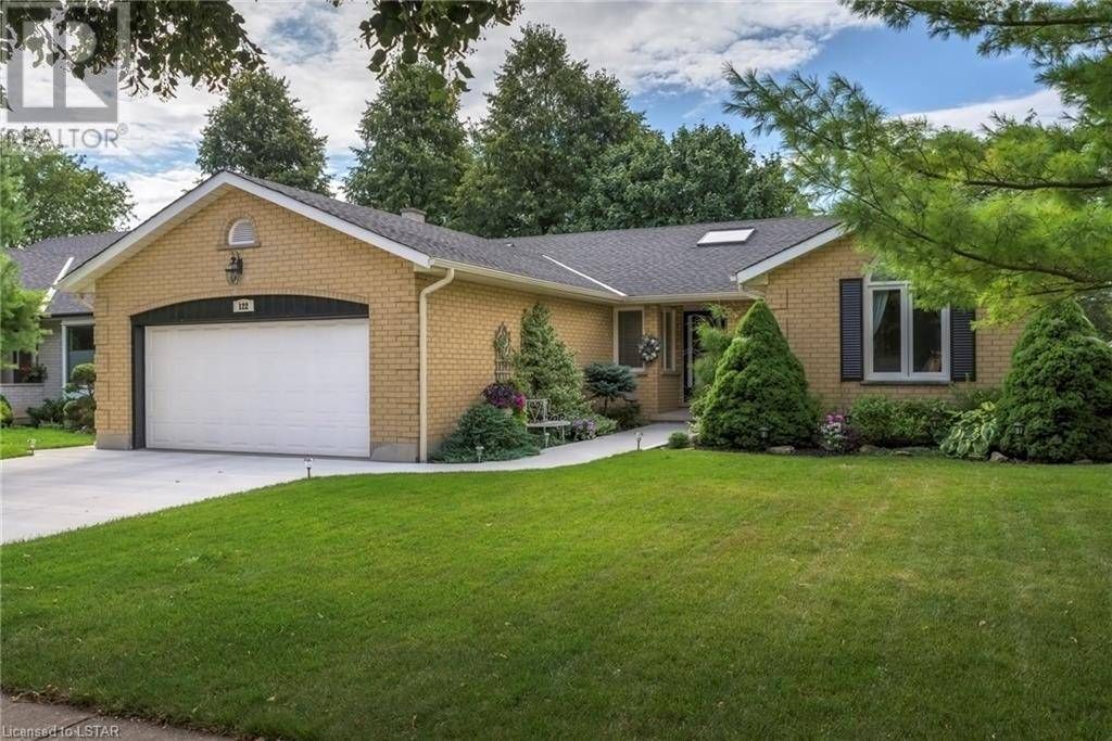 122 Mountainview Crescent, London | Image 2