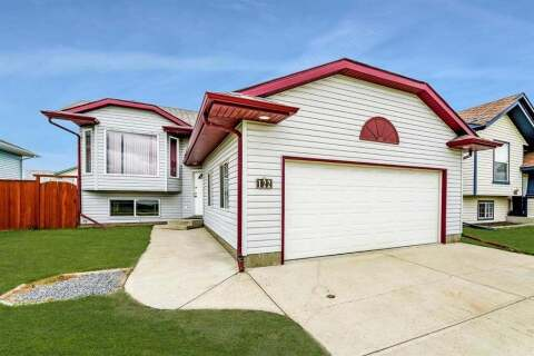 House for sale at 122 Newton Dr Penhold Alberta - MLS: A1005754