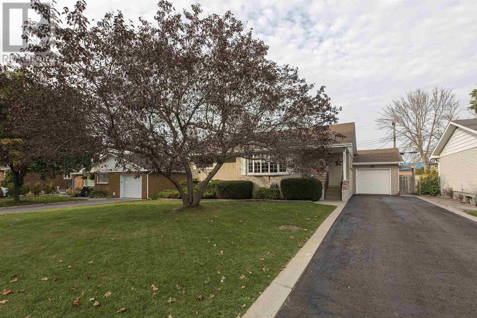House for sale at 122 Smithfield Cres Kingston Ontario - MLS: K20006066