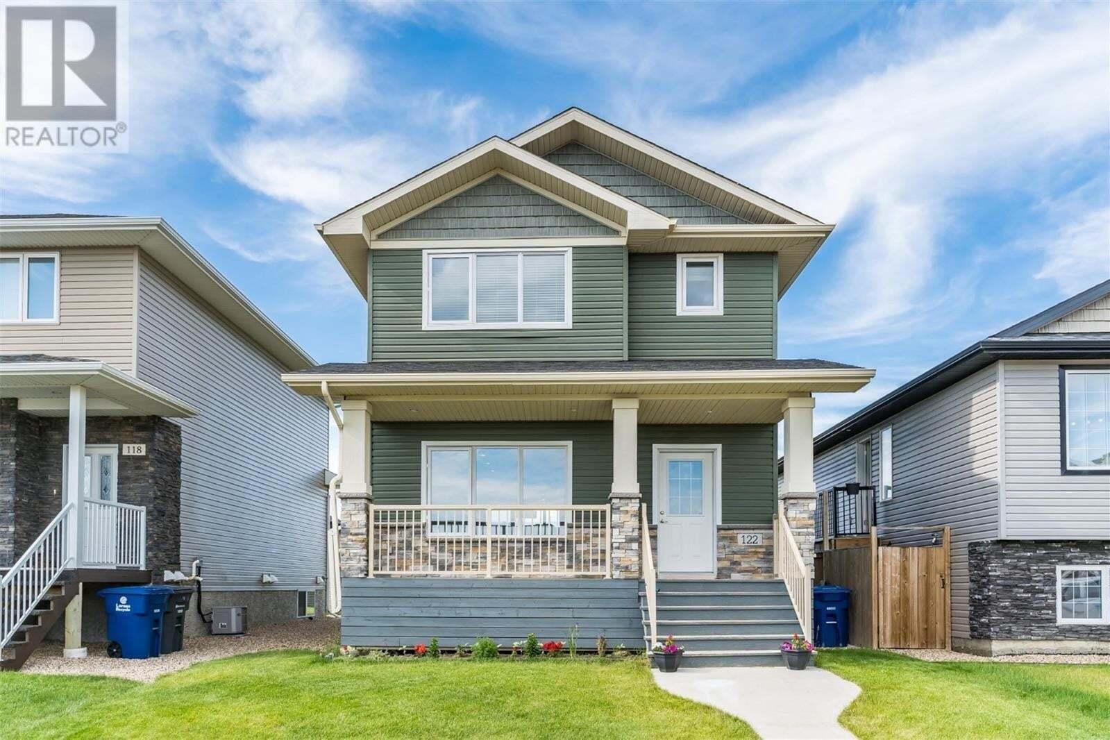 House for sale at 122 Wyant Ln Saskatoon Saskatchewan - MLS: SK814311
