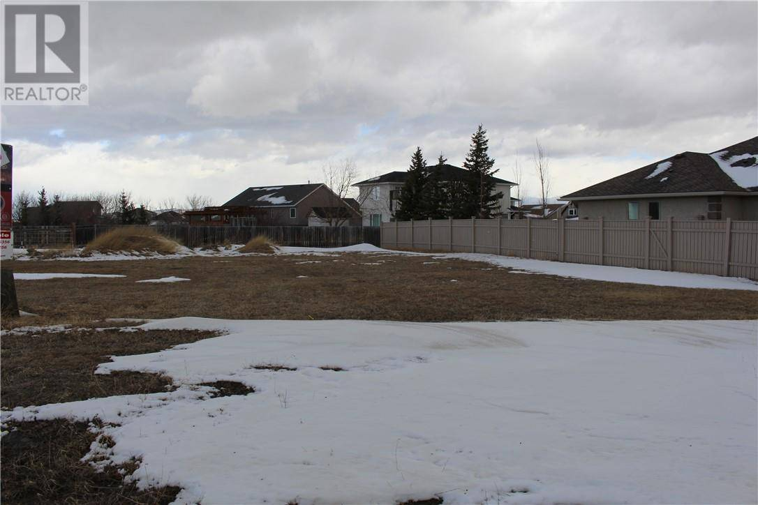 Home for sale at 1221 Tumbleweed Ave Pincher Creek Alberta - MLS: ld0190719