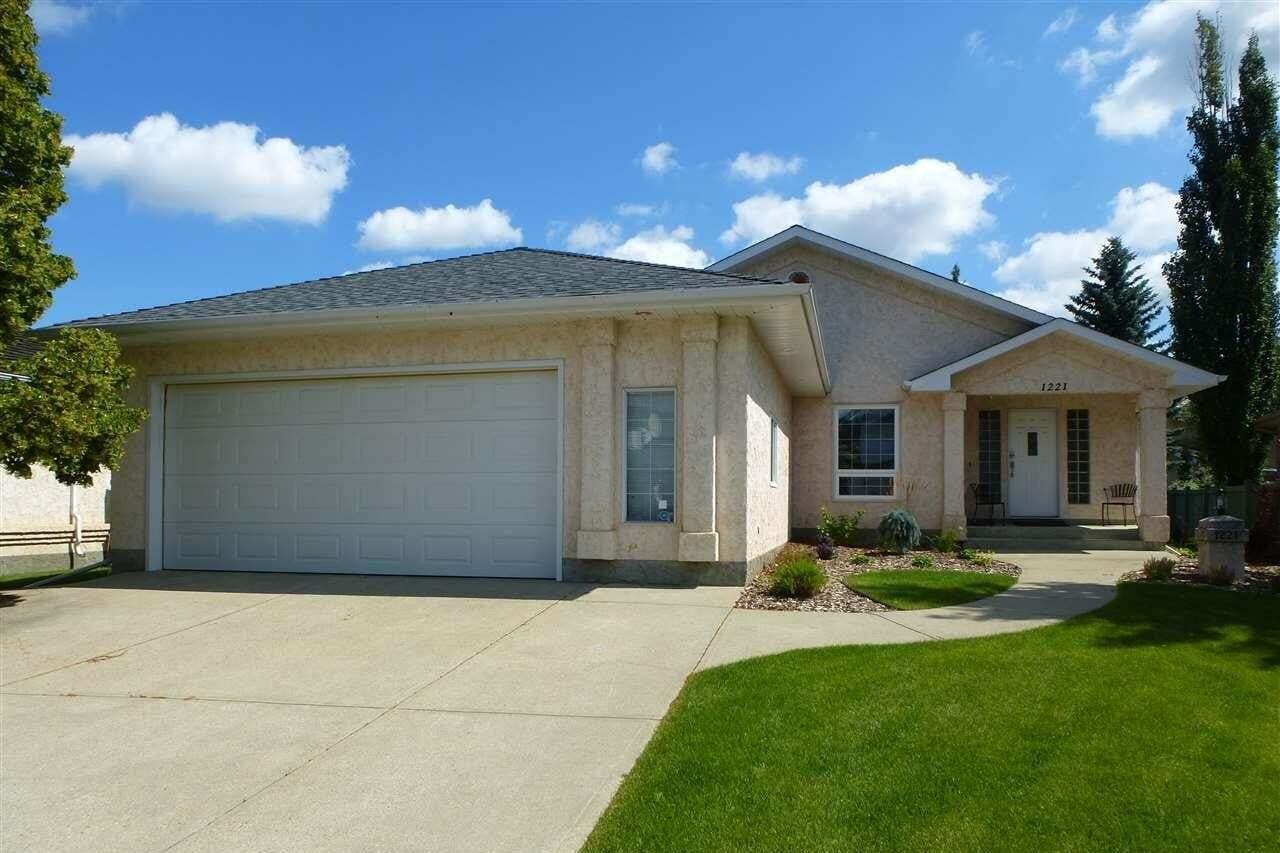 House for sale at 1221 Wershof Rd NW Edmonton Alberta - MLS: E4198642