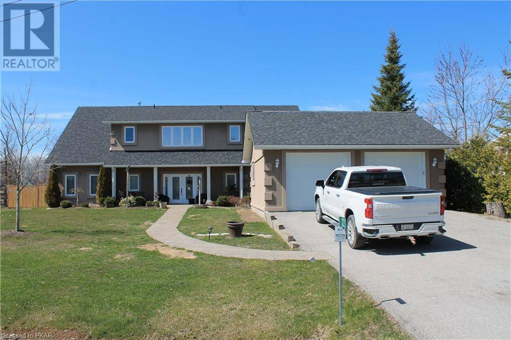 House for sale at 1221 Young's Cove Rd Ennismore Township Ontario - MLS: 255398