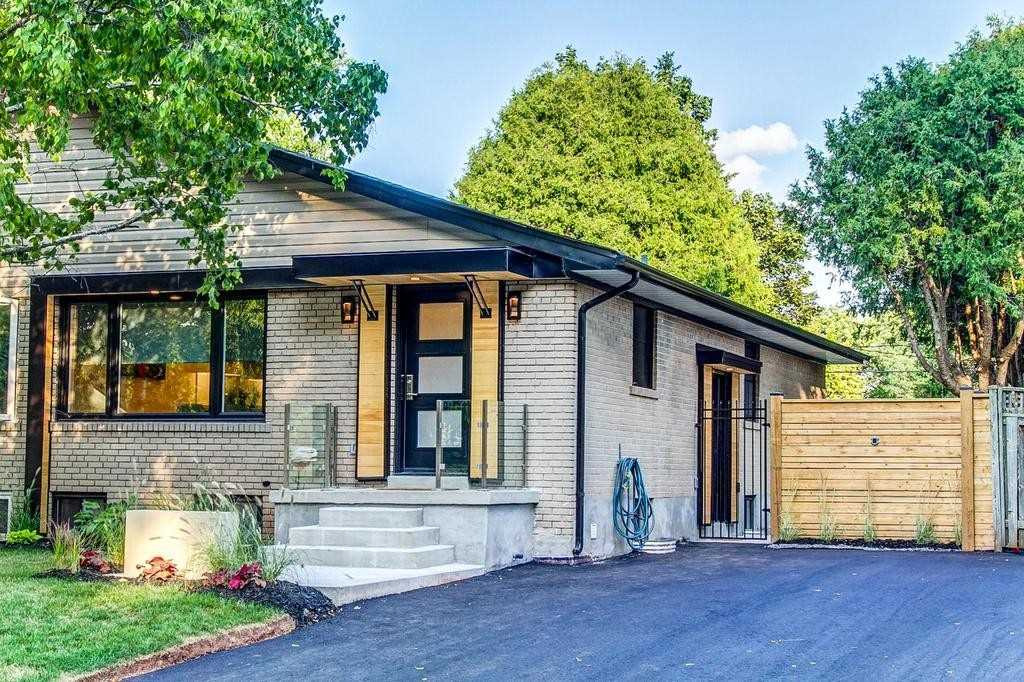 For Sale: 1222 Grange Road, Oakville, ON | 2 Bed, 2 Bath Townhouse for $979000.00. See 19 photos!