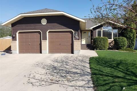House for sale at 1222 Youngson Pl N Regina Saskatchewan - MLS: SK772252