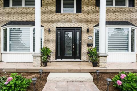 House for sale at 1224 Tyandaga Park Dr Burlington Ontario - MLS: W4423606