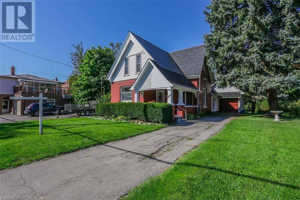 House for sale at 1224 York St London Ontario - MLS: 227710