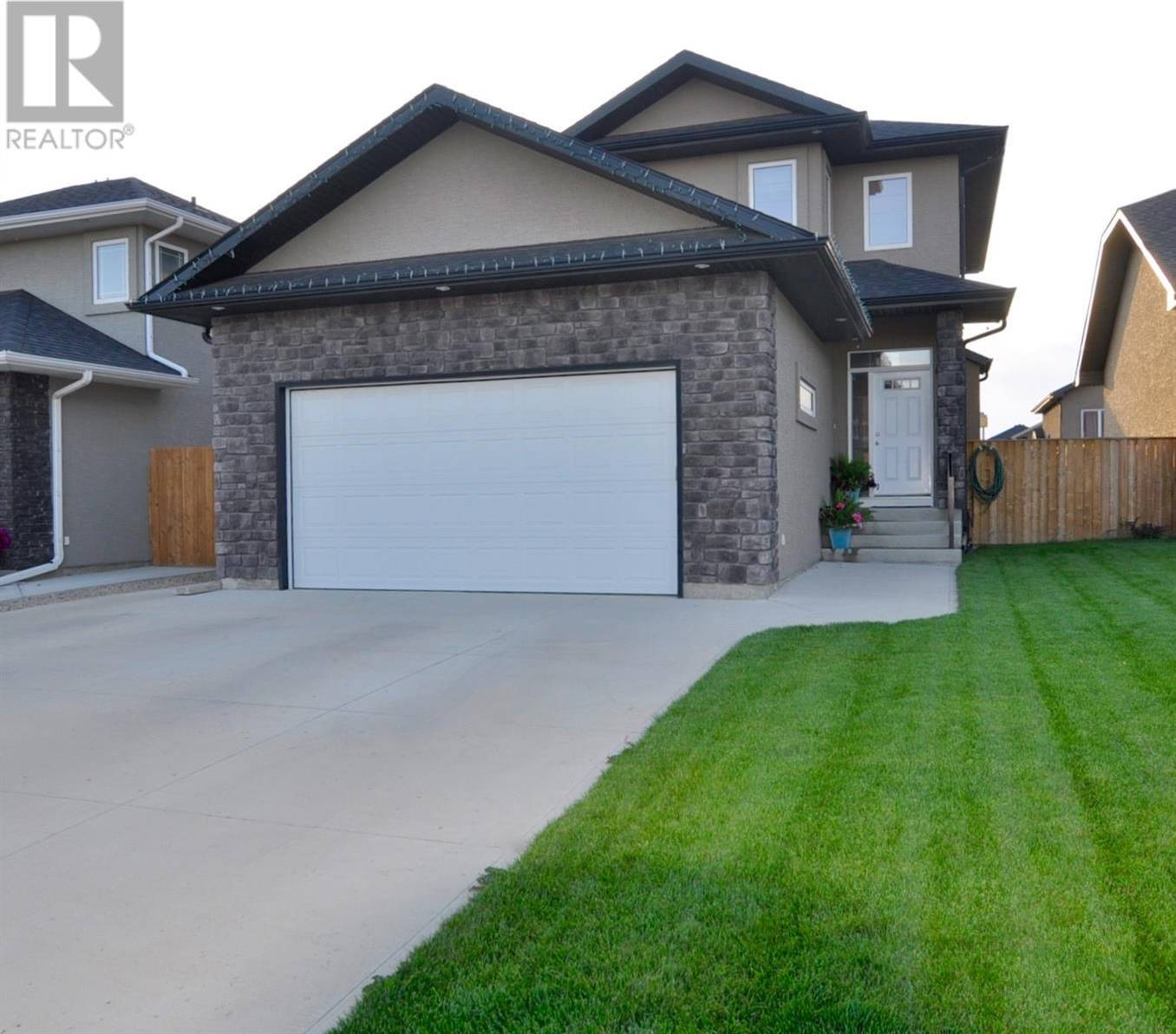 House for sale at 1227 Rempel Cres Saskatoon Saskatchewan - MLS: SK782394
