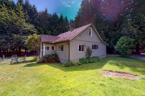 House for sale at 1227 Roberts Creek Rd Roberts Creek British Columbia - MLS: R2476356