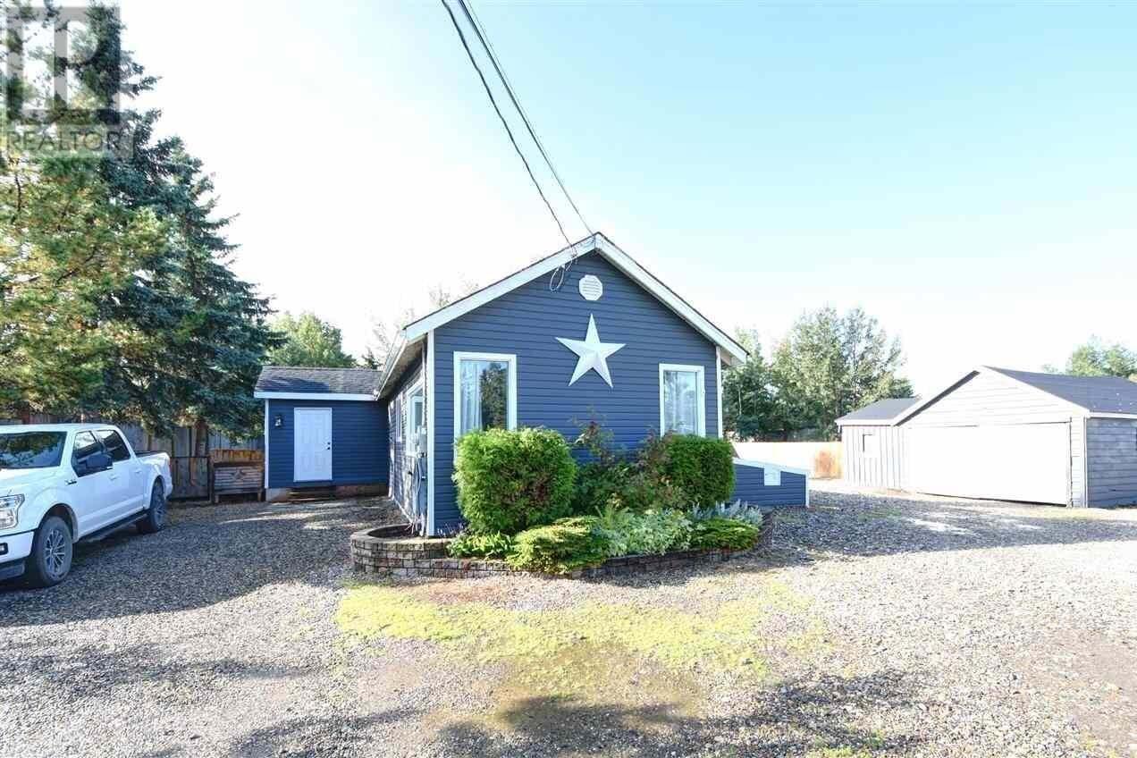 House for sale at 12277 Saskatoon Ave Fort St. John British Columbia - MLS: R2450417